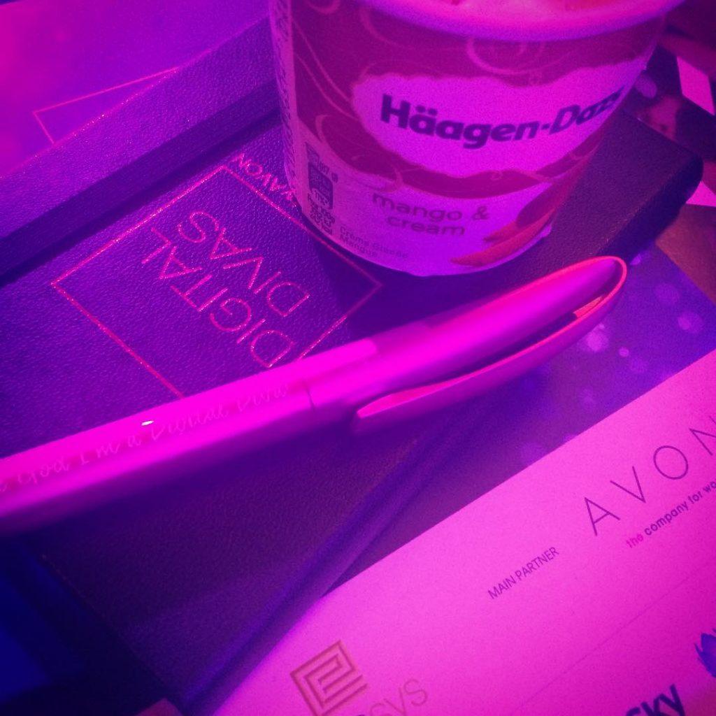 Divas eating ice cream! I scream!!! digitaldivas16